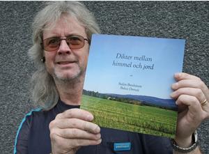 Brevbäraren Stefan Domeij i Sollefteå har gett ut en diktsamlöing.