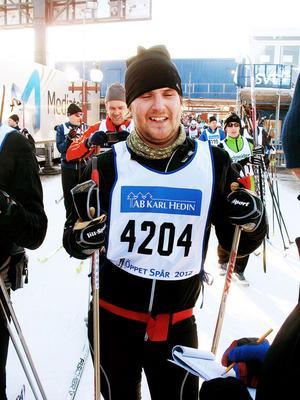 – Det  var sju år sen sist, men tiden var en timme bättre, avslöjade Miguel Enefjord, 31, från Gävle.Miguel har löptränat mycket men också hunnit med 30-35 skidmil i Högbo.
