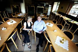 Rudi och Britt-Marie träffades 1969 när Britt-Marie slank in för att ta en kopp kaffe på restaurangen. 1975 tog de över bistron, men den första juli tar nya ägare över.