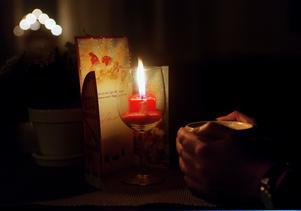 Ljusen måste eldas med försiktighet.