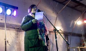 Barbro Norström valborgstalade för andra året i rad i Västanfors. Talet skrev hon kvällen innan, eftersom hon blivit tillfrågad med kort varsel.