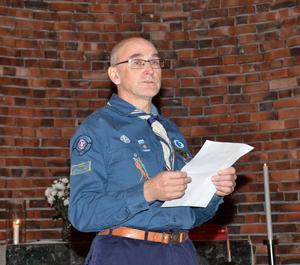 En mycket rörd Hans Andersson fick äran att läsa fredsbudskapet och gjorde det med den äran.