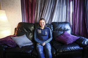 Linn Persson, 21, vill slå sig in i skidskyttets världselit. I söndags tog hon sitt första riktiga kliv åt det hållet när hon tillsammans med Tobias Arwidson blev fyra i singelstafetten.