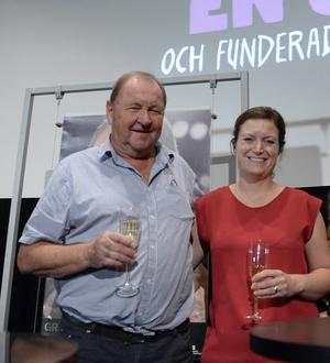 Roy Andersson och producenten Pernilla Sandström hade anledning att fira.
