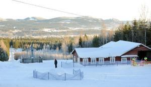 Koldemoåsen har öppet på onsdagkvällarna och lördag och söndag, så länge snön finns.