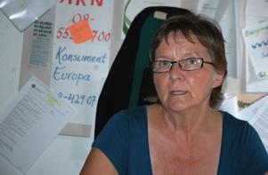 Lisbeth Ander, konsumentvägledare i Hedemora kommun, varnar för Svenska Smärtafonden som skickar ut inbetalningskort till människor som inte har haft någon kontakt med fonden.