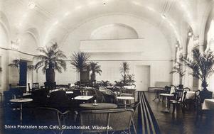Stora Festsalen som Café, Stadshotellet, Wästerås.