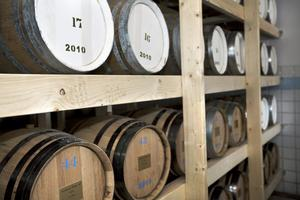 Ordning på faten? Grythyttan Whisky har nya ägare och nu startar bolaget om från början.