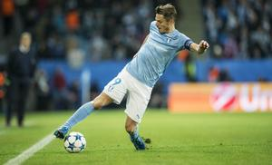 Gif Sundsvall är utplacerade i en grupp med Malmö FF, här Markus Rosenberg i Champions League, i Svenska cupens gruppspel i vinter.