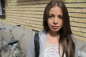 17-åriga Polina Björk från Gävle såg fram emot Peace & Love-festivalen som nu ställs in sedan arrangören själv begärt sig i konkurs.