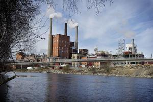Det började brinna i en turbinsalen på Domsjö fabriker under lördagen.