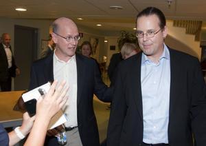 Pengar att spendera. Finansminister Anders Borg (M) och finansministerkandidat Thomas Östros (S) har, till skillnad från politiker i andra länder, pengar att utlova genom stabila statsfinanser och god tillväxt.foto: scanpix