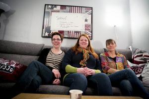 Jenny Drugge, Caroline Bergström och Lena Jensen är tre av de drivande i ungdomsgårdens verksamhet.