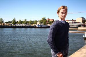 Joachim Åhs flyttar från Hudiksvall till Partille och Sävehofs handbollsgymnasium i höst.