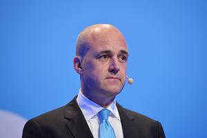 """""""Reinfeldts avsikt att dölja högerpolitiken och hans försök att lansera partiet som ett arbetarparti väckte ett löjets skimmer och misslyckades totalt"""", skriver skribenten."""