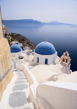 Santorini är en av Alexandra Pascalidous favoritöar.