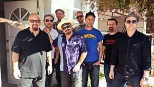 Trickbag tillsammans med Kim Wilson (längst till vänster) Kid Ramos och Nathan James på Sacred cat studio i Oceanside, USA.