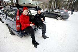 I Karlslund. Susanne Fahlin och Leif Håkansson kopplar av efter en stärkande tur i skogen.