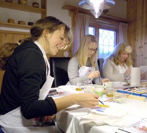 Det gäller att disponera ytan rätt om det ska bli en hel kurbits. Från vänster: Louise Oredsson, Vällingby, Helena Schuber, Solna och Maria Lavas, Södertälje.