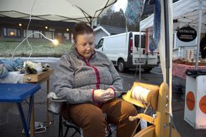 Ingela Gladh hade åkt från Sundsvall för att sälja garn och vantar.