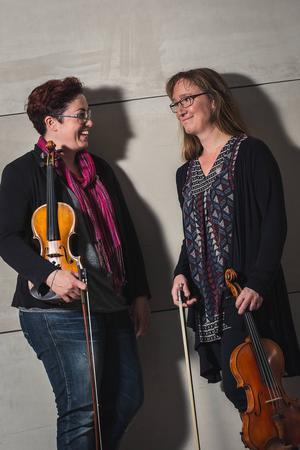 Anneli Jonsson och Anna Harju, musiker i Gävle symfoniorkester och kvällens solister.