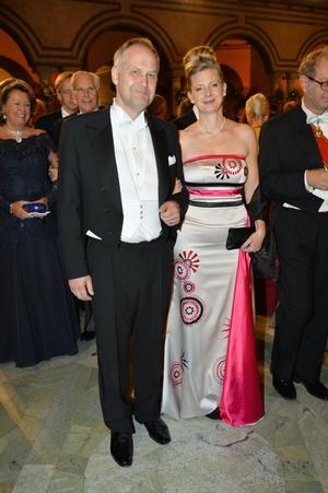 Vänsterpartiets Jonas Sjöstedt med fru Ann Måwe.
