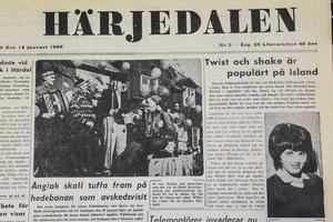 Ett ånglok kördes söndag den 30 januari 1966 som ett avsked till Hedebanan. Dagen efter gick det sista persontåget; en av de vanliga rälsbussarna.