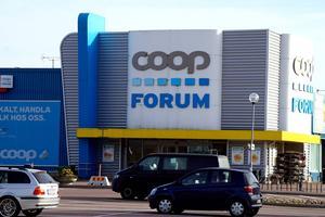 Personalen fick beskedet under torsdagsmorgonen. Coop utlovar olika former av stöd för berörd personal.
