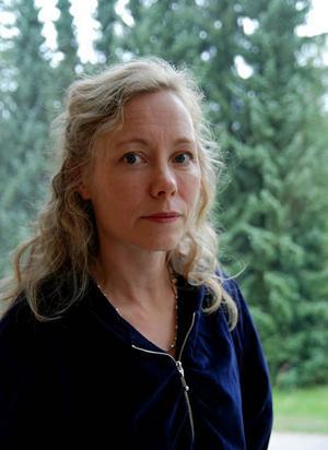 Anna Livion Ingvarsson, chef på Konstcentrum som ställde ut den världsberömda serietecknaren Chris Ware.
