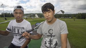 Hussein Rasoli och Zainullah Najafi har båda testat golf.