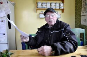 Bertil Nilsson i Vagled har aldrig haft några problem med vare sig Skattemyndigheten eller Kronofogden. Nu har myndigheterna strulat till det och är skyldiga honom 5000 kronor.