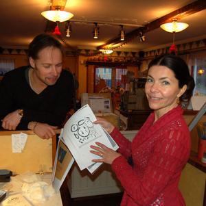 Claes Callman driver butiken och ateljén tillsammans med hustrun Annica.