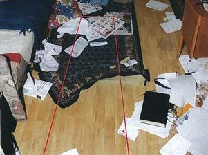 Bilder från den dödades Tommy Johanssons lägenhet.