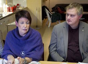 Ann-Britt Vestlund, vårdenhetschef på hälsocentralen Delsbo/Friggesund, och Fredrik Röjd, rektor och förskolechef på Svågadalsförvaltningen, Hudiksvalls kommun var två av deltagarna på mötet igår.