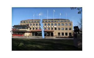 Slutet: både Folkets Husföreningen och Estraden försätts i konkurs.