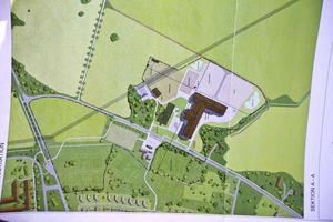 Västerås stad vill låta bygga ridanläggningen vid Tortunavägen, mitt emit Brandthovdaska IP.