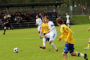 Simon Åberg och hans SFF är klart för kval till division 2. SFF säkrade andraplatsen i serien efter 5–0 mot Timrå.