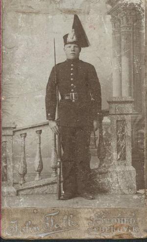 Carl Ericsson var en stolt soldat som bidrog till Sveriges försvar ända in i andra världskriget.