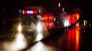 Två bussar blev beskjutna av raketer på torsdagskvällen. Även på Råby smälldes smällare.