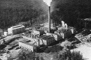 Fabriken från luften.