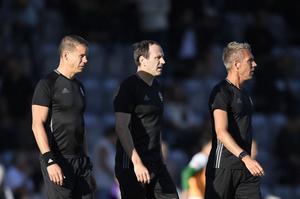 Daniel Wärnmark, Jonas Eriksson och Mathias Klasenius satsar på att avsluta sin gemensamma domarkarriär med VM i Ryssland nästa sommar.