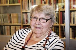 """Barbro Hedlund, 79 år, Oxbackens servicehus:–Jag tycker att det räcker som det är. Vi har många fester och då får man säga """"ja tack"""" om man vill."""