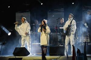 SVT sände från VM-invigningen, där Borlängebandet Mando Diao uppträdde. Nu åker tv-bolaget på 50 000 kronor i böter, efter att felaktigt ha visat en reklamskylt i bild under sändningen vid två tillfällen.