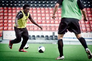 Henri Belle gick mållös från ÖSK Ungdoms toppmöte med FOC Farsta.