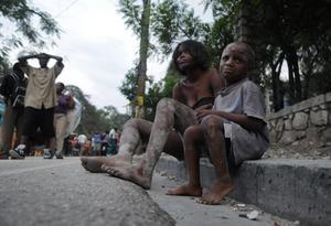 Haitis huvudstad är full av skadade och chockade människor.