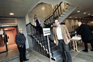 """Peter Kärnström (S) jublade inte över beslutet om budget för 2012 trots att majoritetspartierna fick igenom sitt förslag. """"Vi vill göra mer"""", sade han."""