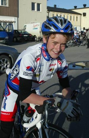Olle Olsson har bara tränat med cykeln i en månad och vann direkt i premiären.