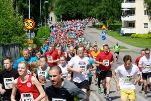 På lördag är det dags igen för årets stora löparfest i stan – Ludvika Stadslopp.