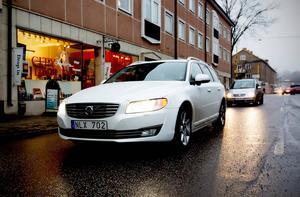 V70 är fortfarande säljetta med 13 461 sålda bilar under det första halvåret. Tvåa ligger VW Golf med 10 039 bilar