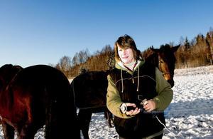 Sanna Kriström, Lerbäckens ridcenter, efterlyser en bredare diskussion om ridsporten i Borlänge.
